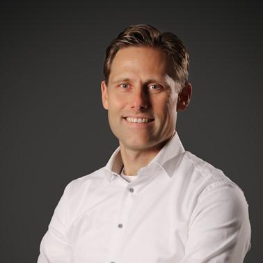 Dirk Tausch